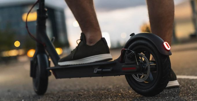 Super Turbo Elite 36v Electric Scooter Offers Comfort And Speed 3